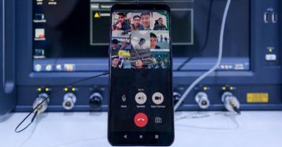 Oppo Ungkap Prototipe Ponsel 5G Pertama, Ini Wujudnya