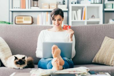 Dinilai Negatif, Ini 5 Keuntungan Belanja Online dengan Kartu Kredit