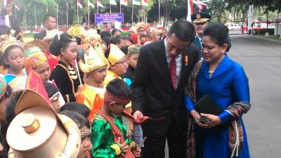 Curhat kepada Ibu Jadi Cara Terbaik Presiden Jokowi Lepas Stres