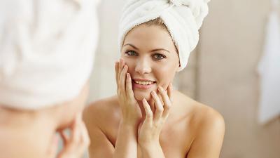Sering Dilewatkan, Ini Lho Pentingnya Scrubbing untuk Merawat Kecantikan Kulit