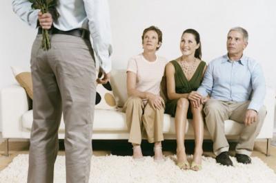 8 Langkah Memikat Hati Calon Mertua, Dijamin Lebih Mudah Dapat Restu!