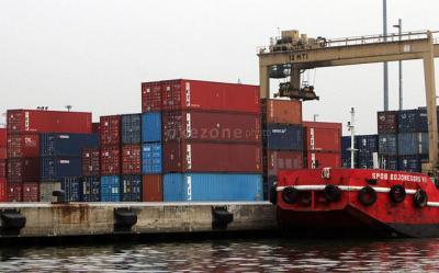 Neraca Perdagangan Indonesia Sepanjang 2018 Defisit USD8,57 Miliar