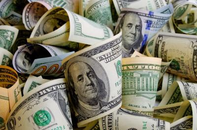 Dolar AS Naik di Tengah Kekhawatiran Pertumbuhan Ekonomi di Zona Euro