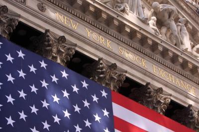 Wall Street Kokoh, 3 Indeks Utama Melesat hingga 1%