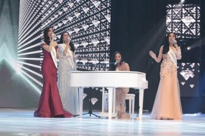 Ketika para Finalis Unjuk Gigi di Malam Final Miss Indonesia 2019