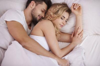 Jangan Langsung Tidur Usai Seks, Lakukan Ini agar Makin Disayang Pasangan