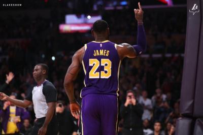 LeBron James Bangga Bisa Lewati Perolehan Poin Michael Jordan
