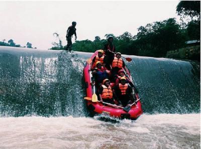 Percantik Sungai Cisadane dan Ciliwung, Bogor Bakal Punya Spot Wisata Air Keren!