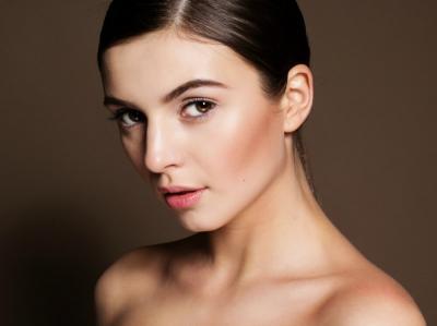 Make Up Cantik Natural bak Wanita Prancis, Ini Tipsnya