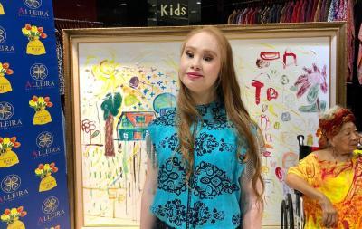 Berkenalan dengan Madeline Stuart si Model Down Syndrome Pertama