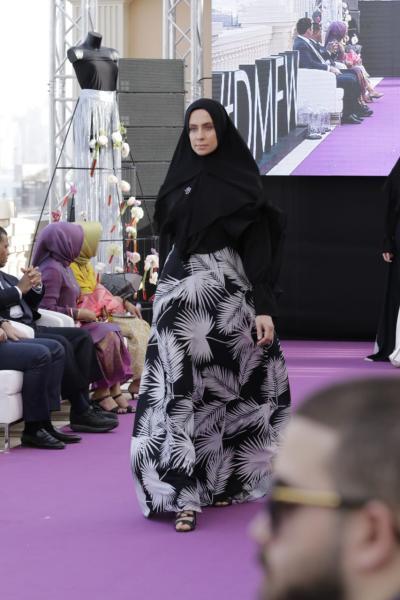 Anak Baru di Dunia Fashion, Tika Ramlan Unjuk Gigi di Dubai Modest Fashion Week