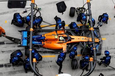 De Ferran: Perjalanan McLaren untuk Kembali Jadi Tim Top F1 Masih Panjang