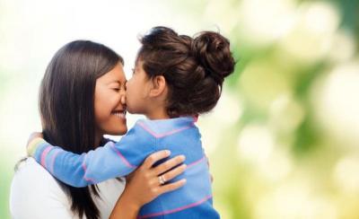 5 Tips Mendidik Anak Perempuan agar Tangguh seperti Kartini