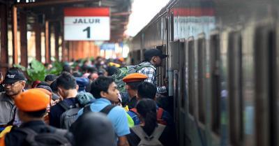 Siasati Kehabisan Tiket Kereta Api dengan Fitur Traveloka