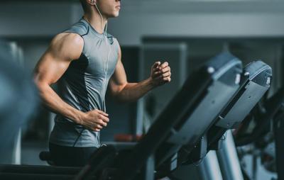 Bugar dengan Lari Interval, Efektif Bakar Lemak Tubuh
