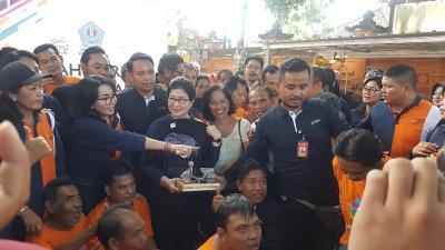Sosok dr. Rai Sang Penyelamat Penderita Skizofrenia di Bali