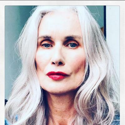 Cerita Nicola Griffin, Nenek-Nenek yang Jadi Model Lingerie