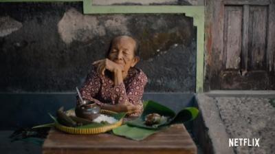 Street Food Netflix Angkat Kisah Mbah Satinem, Penjual Jajan Pasar Langganan Soeharto