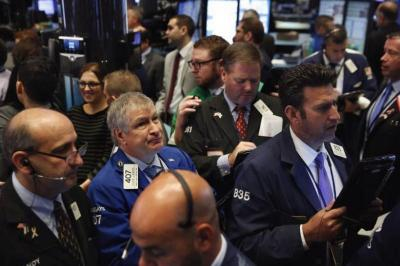 Laporan Keuangan Boeing dan Caterpillar Tekan Wall Street