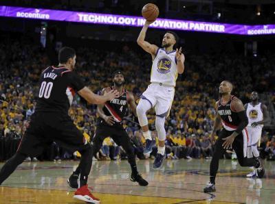 Trail Blazers Bertekad Bayar Kekalahan Pertama dari Warriors di Game Kedua