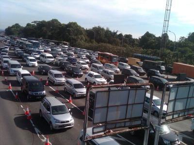 Tarif Tol Trans Sumatera Lebih Murah dari Trans Jawa