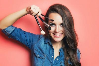 Berburu Make-Up Memanfaatkan 5 Akun Jastip