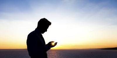 Dijauhkan dari Sifat Benci, Ini Doa Puasa Ramadan Hari ke-29