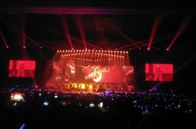 Buka Konser Super Show 7S di Jakarta, Super Junior Tanya Kabar Penggemar