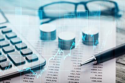 Imbas Perang Dagang, OJK Turunkan Target Pertumbuhan Kredit Jadi 9%-11%