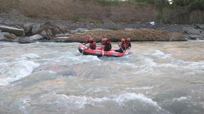 Ayo Coba Serunya Arung Jeram di Sungai Bili-bili