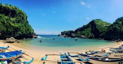 Menpar: Pariwisata Indonesia Lebih Bagus dari Malaysia