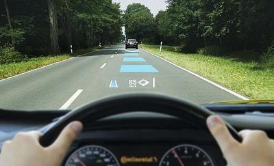 Cara Menghitung Jarak Aman Berkendara Agar Terhindar Tabrakan