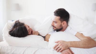 Hubungan Seks Bisa Turunkan Kolesterol? Ini Faktanya