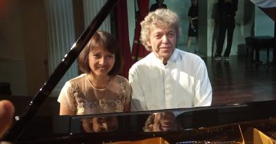 Pianis Internasional Pascal Roge Sukses Kawinkan Musik Klasik dan Tradisional Jawa