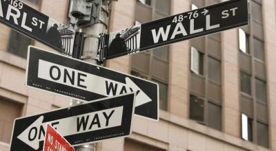 Wall Street Dibuka Landai di Tengah Kekhawatiran Investor