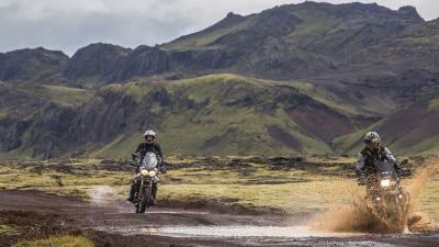 Menyewa Sepeda Motor, Opsi Wisatawan Jelajahi Islandia