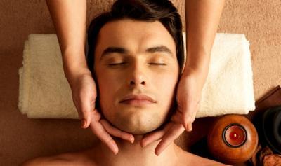 Ketahui 8 Keuntungan Facial untuk Pria