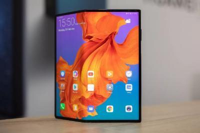 Ini Alasan Huawei Tunda Peluncuran Ponsel Lipat Mate X