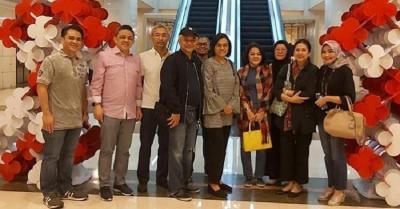 Senyum Sumringah Sri Mulyani Nonton Bioskop Bareng Suami
