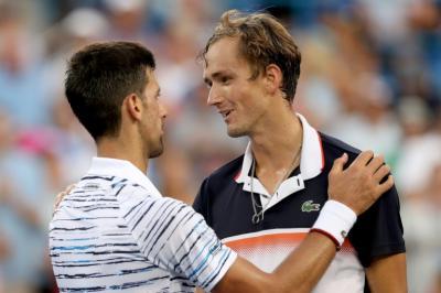 Kalahkan Djokovic, Medvedev Hanya Manfaatkan Momentum