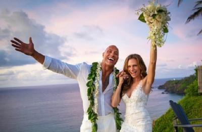 Menikah, Dwayne Johnson Pilih Wedding Beach Santai di Hawaii