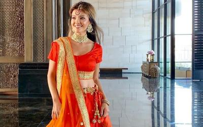 Pesona Farah Quinn Berbusana Sari, Cantik bak Boneka India
