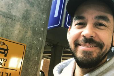 Mike Shinoda Girang Kembali Gelar Konser di Indonesia setelah 8 Tahun