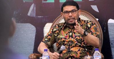 Saut Situmorang dan M Tsani Mundur, PKS: Pimpinan KPK Seharusnya Tahan Banting