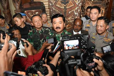 Jawaban Panglima soal Pencopotan Petinggi TNI yang Gagal Tangani Karhutla