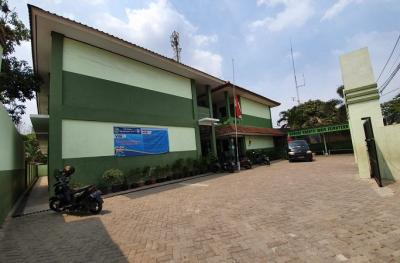 Siswa SD Negeri di Bekasi Belajar Lesehan, Legislator: Kok Masih Ada Ya!