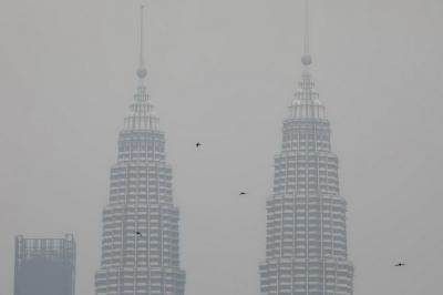 Gara-Gara Kabut Asap, Netizen Indonesia-Malaysia Siap Perang Pakai Kipas Angin