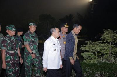 Jokowi: Jangan Sampai Karhutla Ganggu Penerbangan