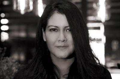 Soal Curhat Melanie Subono, Bagaimana Semestinya Adab Muslim terhadap Non Muslim?