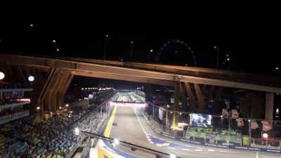 Cantiknya Sirkuit Marina Bay di Malam Hari